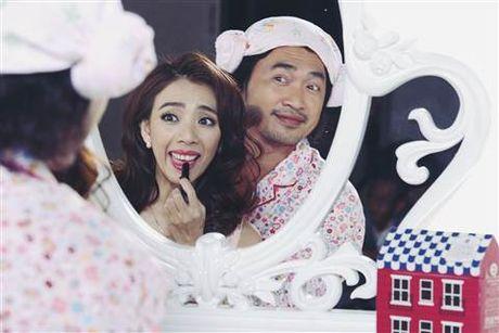 Chet cuoi 'ma nu' Hari Won hu Ngo Kien Huy ngat xiu - Anh 5