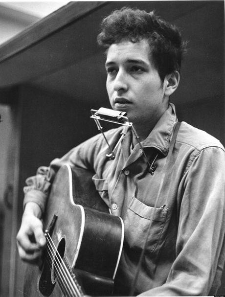 Uy ban trao giai Nobel van chua lien lac duoc voi Bob Dylan - Anh 2
