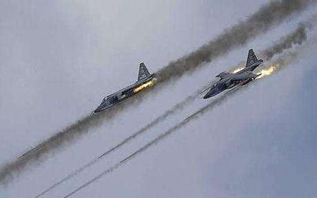 Chien dau co Nga va Syria ngung khong kich khung bo o Aleppo - Anh 1