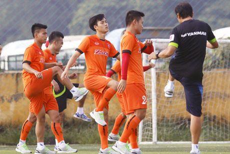 DIEM TIN TOI (19.10): Bi quyet nao giup DT U19 Viet Nam 'lot xac'? - Anh 2