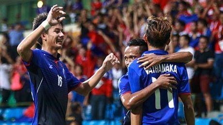 DT Campuchia tien gan ve du AFF Cup 2016 - Anh 1