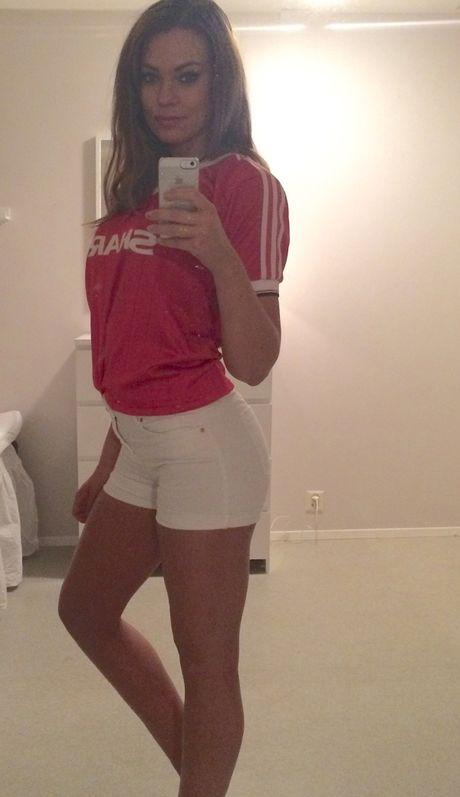 Ann Mari Olsen: CDV yeu Man Utd het minh - Anh 9