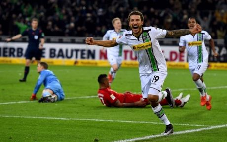 Bayern Munich dung Gladbach: Qua khu la 'kinh dich', hien tai la 'khac tinh' - Anh 1
