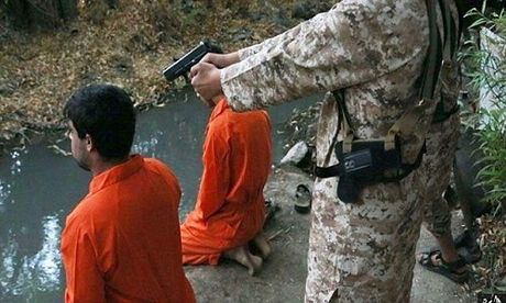 Kinh hai nhung vu phien quan IS nhi hanh quyet tu binh - Anh 2