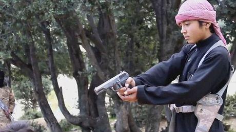 Kinh hai nhung vu phien quan IS nhi hanh quyet tu binh - Anh 8