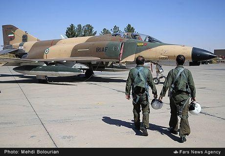 Kinh ngac canh Khong quan Iran trien khai tap tran lon - Anh 4