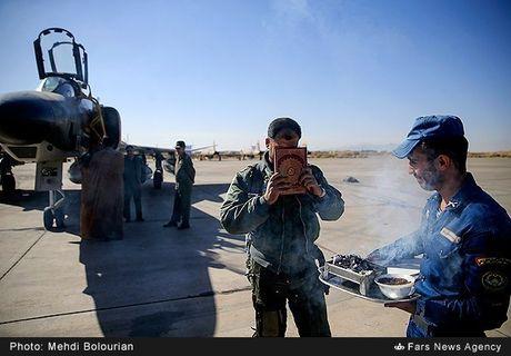Kinh ngac canh Khong quan Iran trien khai tap tran lon - Anh 5