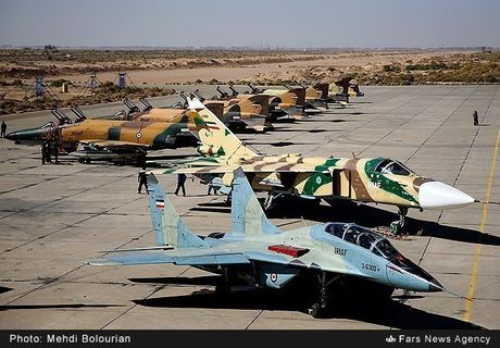 Kinh ngac canh Khong quan Iran trien khai tap tran lon - Anh 7