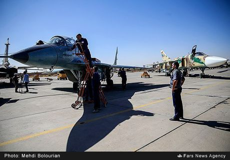 Kinh ngac canh Khong quan Iran trien khai tap tran lon - Anh 8
