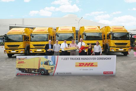 Fuso Fighter FJ 24 gia 1,2 ty gia nhap DHL Supply Chain - Anh 2