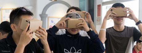 Moi offline VR buoi 2: dung dien thoai de choi VR va cac loai kinh tuong thich - Anh 1