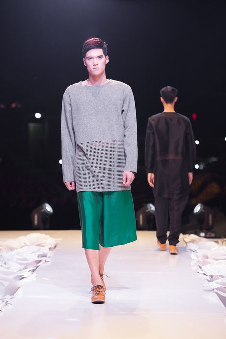 "Nhung ""nam than"" khong lo va dien trai o cac phien ban Top Model - Anh 22"