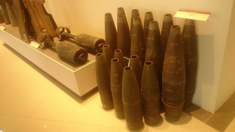 Can canh cac loai bom min My nem xuong Viet Nam 1964-1972 - Anh 16