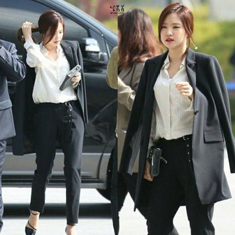 Na Eun nam tinh, Kim So Hyun gia dan tai Seoul Fashion Week - Anh 2