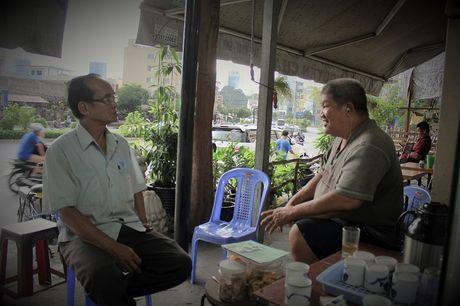 Quay sach Phat hoc 'mien phi' doc va cho muon giua long Sai Gon - Anh 10