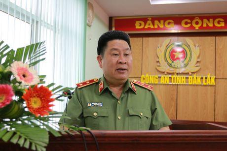 Thu truong Bui Van Thanh lam viec tai Cong an tinh Dak Lak - Anh 2
