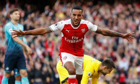 Arsenal - Ludogorets: Kho ngan dong nuoc lu - Anh 1