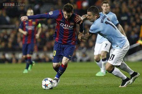 Man City gap Barca: Co nhan phuc han - Anh 1