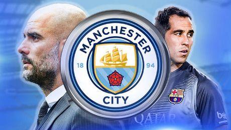 Man City gap Barca: Co nhan phuc han - Anh 2