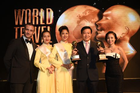Vietnam Airlines nhan 2 giai thuong uy tin tai World Travel Awards 2016 - Anh 1