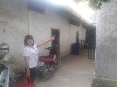 Tam Dao - Vinh Phuc: Tranh chap dat, bo nhan tam danh con gai nhap vien - Anh 2