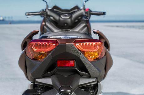 Trinh lang tay ga Yamaha X-MAX 300 2017 hoan toan moi - Anh 6