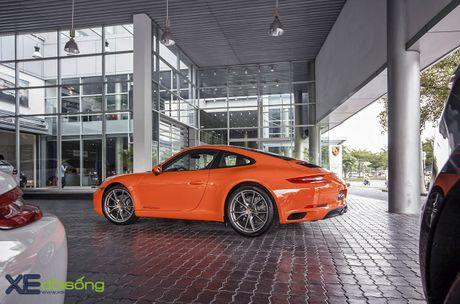 Ve dep Porsche 911 Carrera mau doc Lava Orange gia hon 8 ti dong - Anh 10