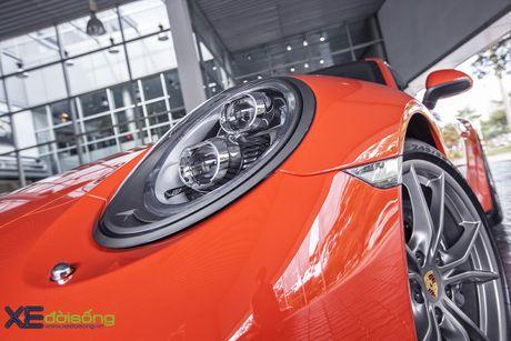 Ve dep Porsche 911 Carrera mau doc Lava Orange gia hon 8 ti dong - Anh 11
