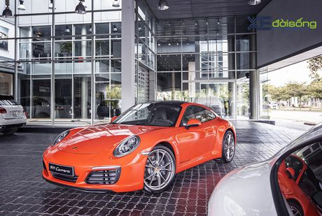 Ve dep Porsche 911 Carrera mau doc Lava Orange gia hon 8 ti dong - Anh 1