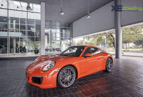 Ve dep Porsche 911 Carrera mau doc Lava Orange gia hon 8 ti dong - Anh 3