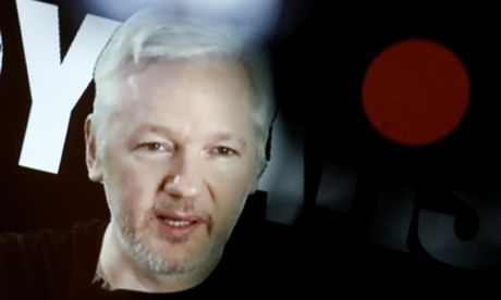 Ong chu WikiLeaks bi chan Internet vi gay anh huong den bau cu My - Anh 1