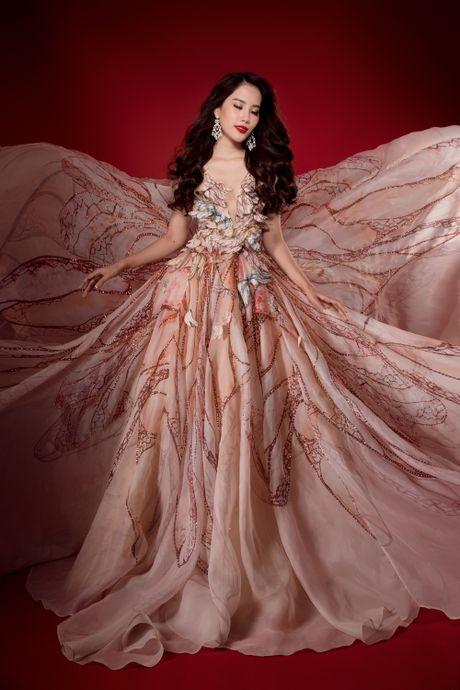 Tro tai hat tieng Anh, Nam Em doat huy chuong bac tai Miss Earth 2016 - Anh 3