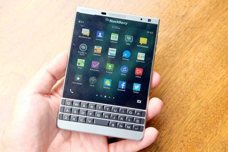BlackBerry Passport mau bac xach tay co gia 6,6 trieu dong - Anh 11