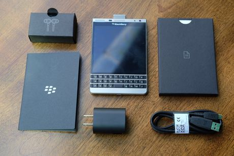 BlackBerry Passport mau bac xach tay co gia 6,6 trieu dong - Anh 7