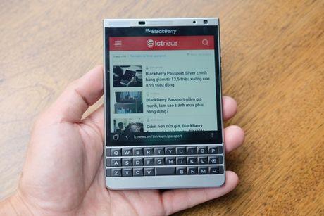BlackBerry Passport mau bac xach tay co gia 6,6 trieu dong - Anh 8