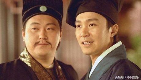 Chang beo phim Chau Tinh Tri gia yeu vi benh tat va bien co - Anh 1
