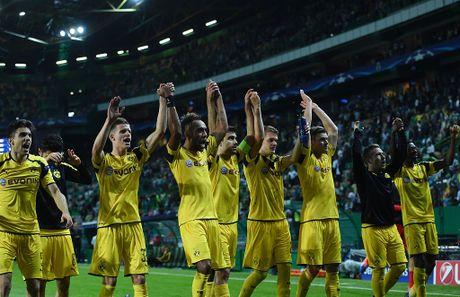 Dortmund tiep tuc dung tren Real nho Aubameyang - Anh 9