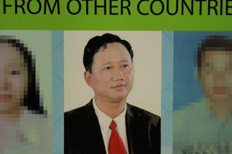Canh sat nhieu nuoc dang phoi hop bat Trinh Xuan Thanh - Anh 1
