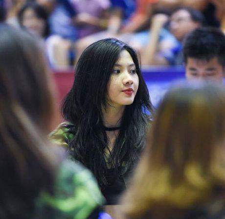 Cuu hoc sinh Ams giong Luu Diec Phi dam me nhay hien dai - Anh 3