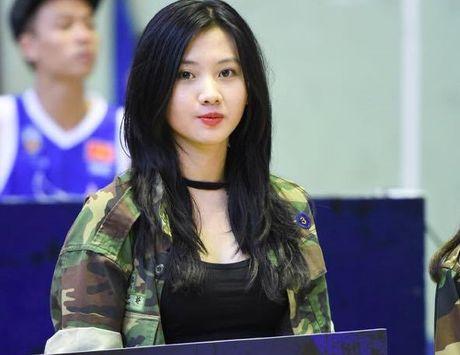 Cuu hoc sinh Ams giong Luu Diec Phi dam me nhay hien dai - Anh 6