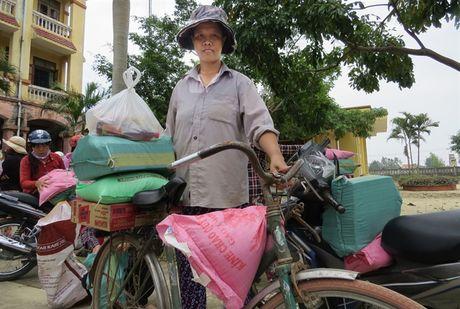 Chung suc cung ba con vung lu Quang Binh - Anh 3