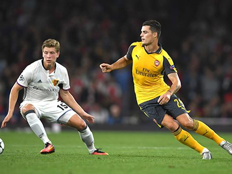 01h45 ngay 20/10, Arsenal-Ludogorets: Xhaka chua chung minh duoc gi nhieu - Anh 1