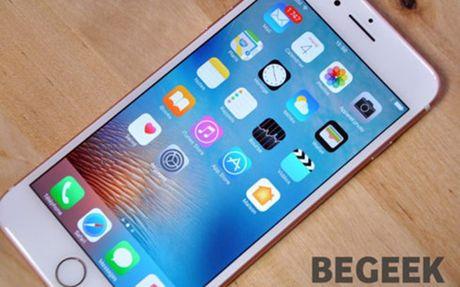 iPhone 7 Plus phien ban 32 GB bi bat loi toc do xu li qua cham - Anh 1