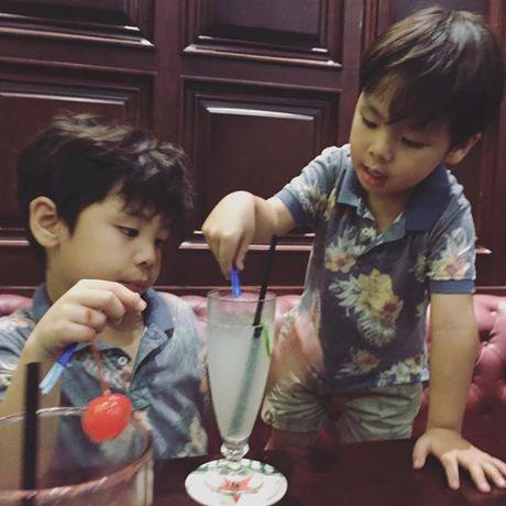 Vo dep, con xinh va cuoc song gia dinh hanh phuc cua MC Phan Anh - Anh 15
