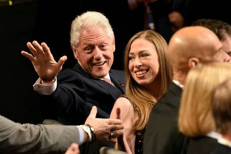 Truc tiep cuoc tranh luan tay doi cuoi giua ong Trump va ba Clinton - Anh 2