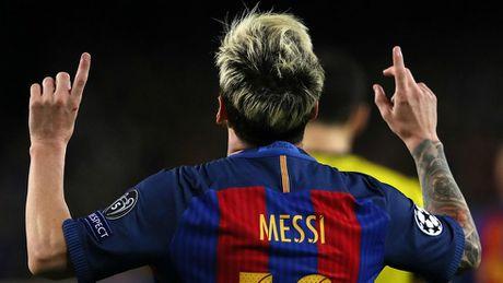 Messi lai ghi ten vao lich su sau hat-trick vao luoi Man City - Anh 1
