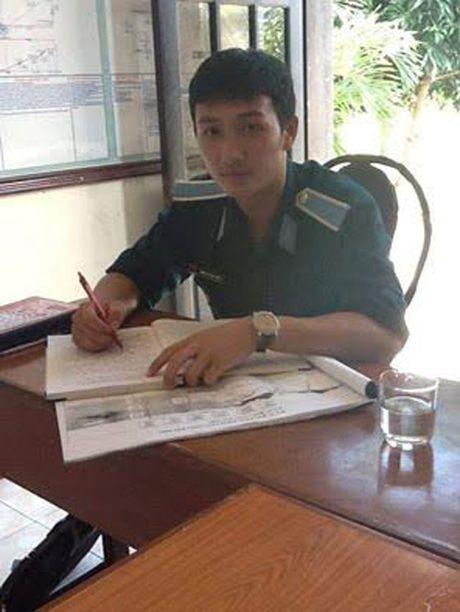 May bay roi: Nghen ngao tam su cua chang phi cong tre gui me - Anh 2