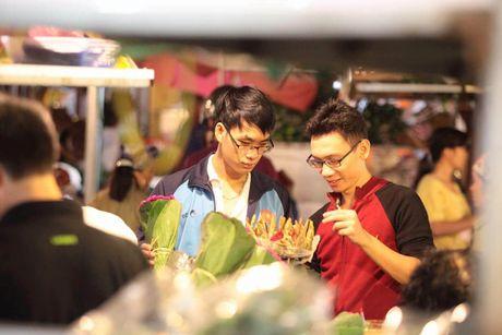 Thi truong hoa 20/10: Gia tang gap 3 van chay hang - Anh 6