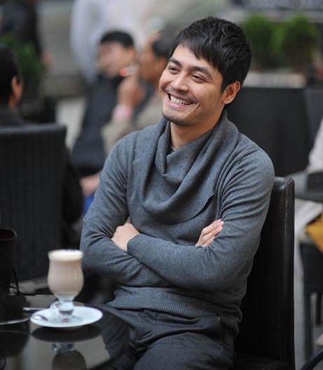 Khong dien vest, MC Phan Anh van 'soai ca' nhu thuong - Anh 14