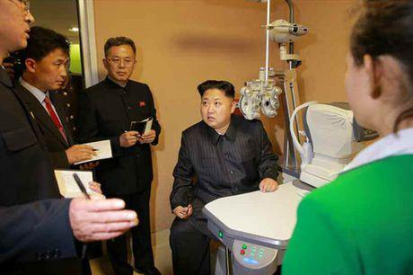 Thuc hu tin don Kim Jong Un bi tai nan o to - Anh 2